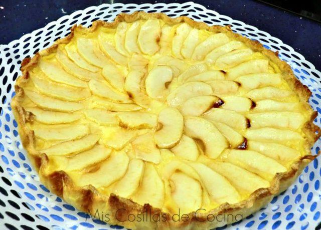 Tarta de hojaldre de manzana con crema