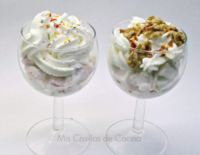 Copas de yogur con fruta y nata