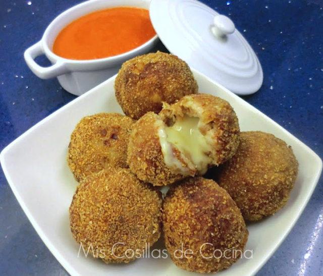 Albóndigas rellenas de queso Arzúa-Ulloa