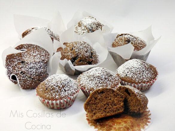 Bizcochitos con natillas de chocolate