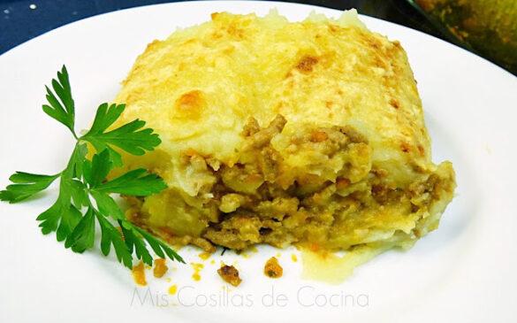 Pastel de carne y patata gratinado