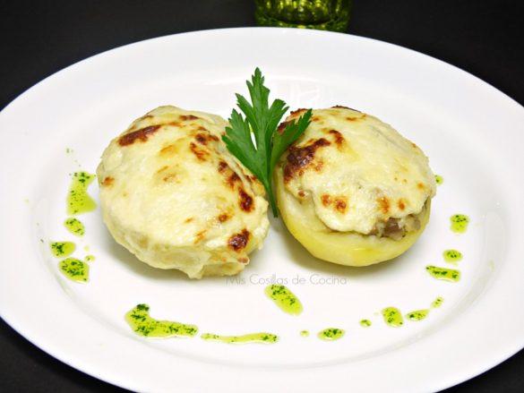 Patatas rellenas de champiñones gratinadas
