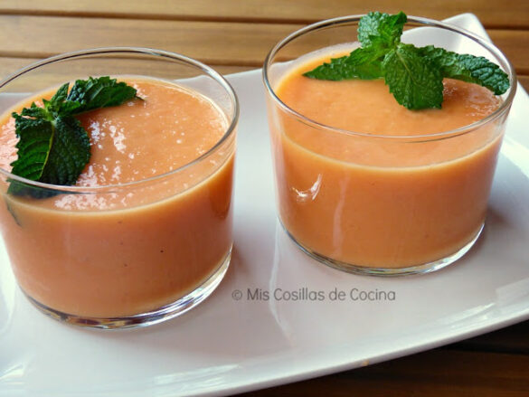 Crema fría de melocotón y melón
