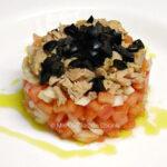 tartar-de-tomate-con-atún