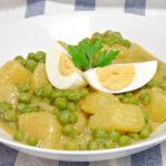 Guiso de patatas y guisantes