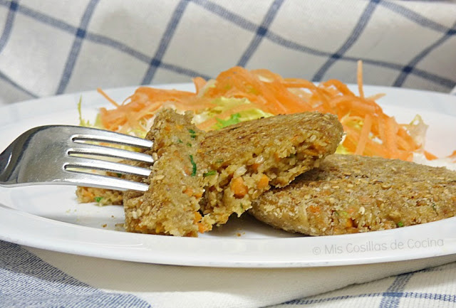 Hamburguesas veganas de avena y zanahoria