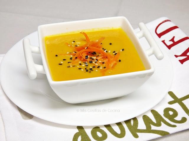 Crema de zanahorias y coco al curry
