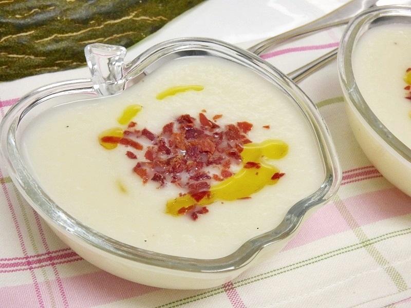 Sopa fría de melón y yogur
