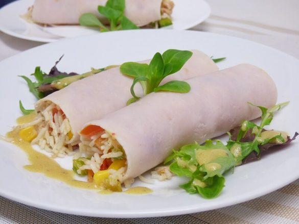 Rollitos de pavo con ensalada de arroz