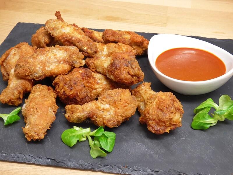 Alitas de pollo estilo buffalo