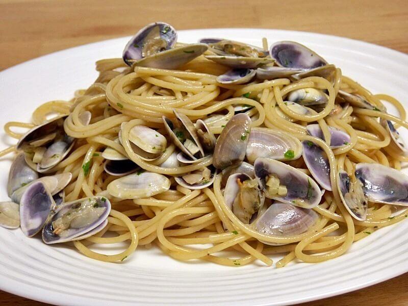 Espaguetis con coquinas