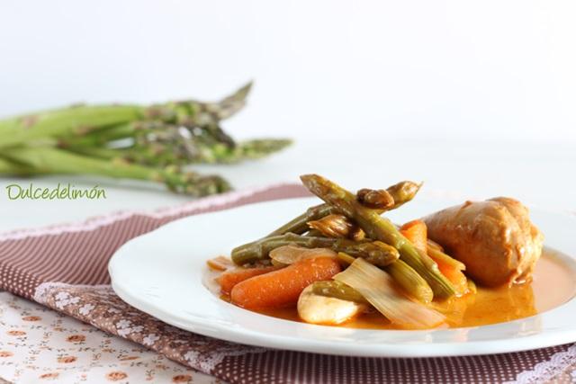 Pollo en Escabeche de Espárragos Trigueros y Hortalizas