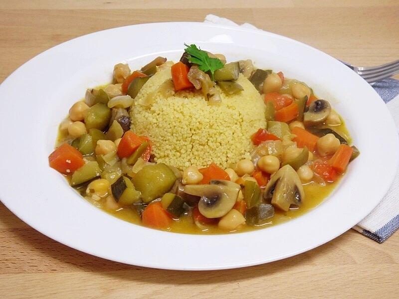 Cuscús con verduras guisadas