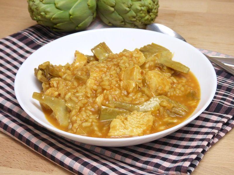 Arroz meloso con pollo y alcachofas