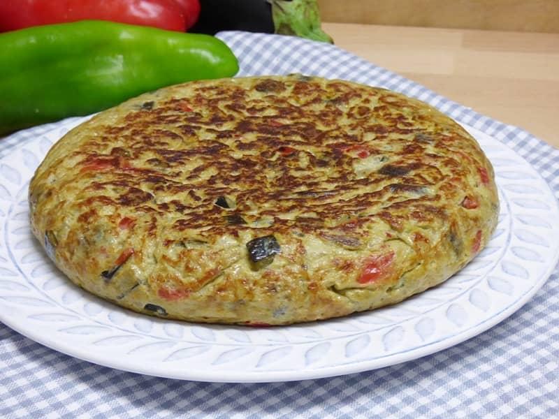 Tortilla de sanfaina o pisto