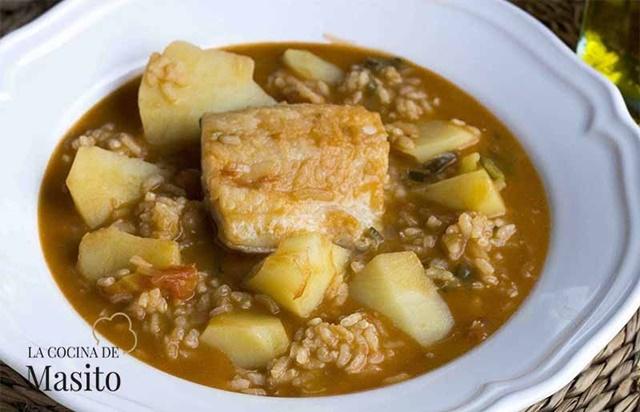 Guisos fáciles y económicos Patatas con arroz y bacalao